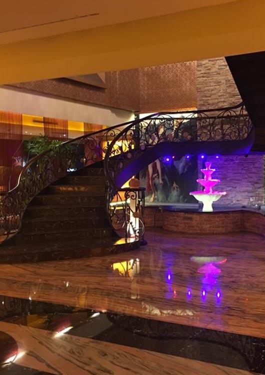 鴻欣酒店-禮服店